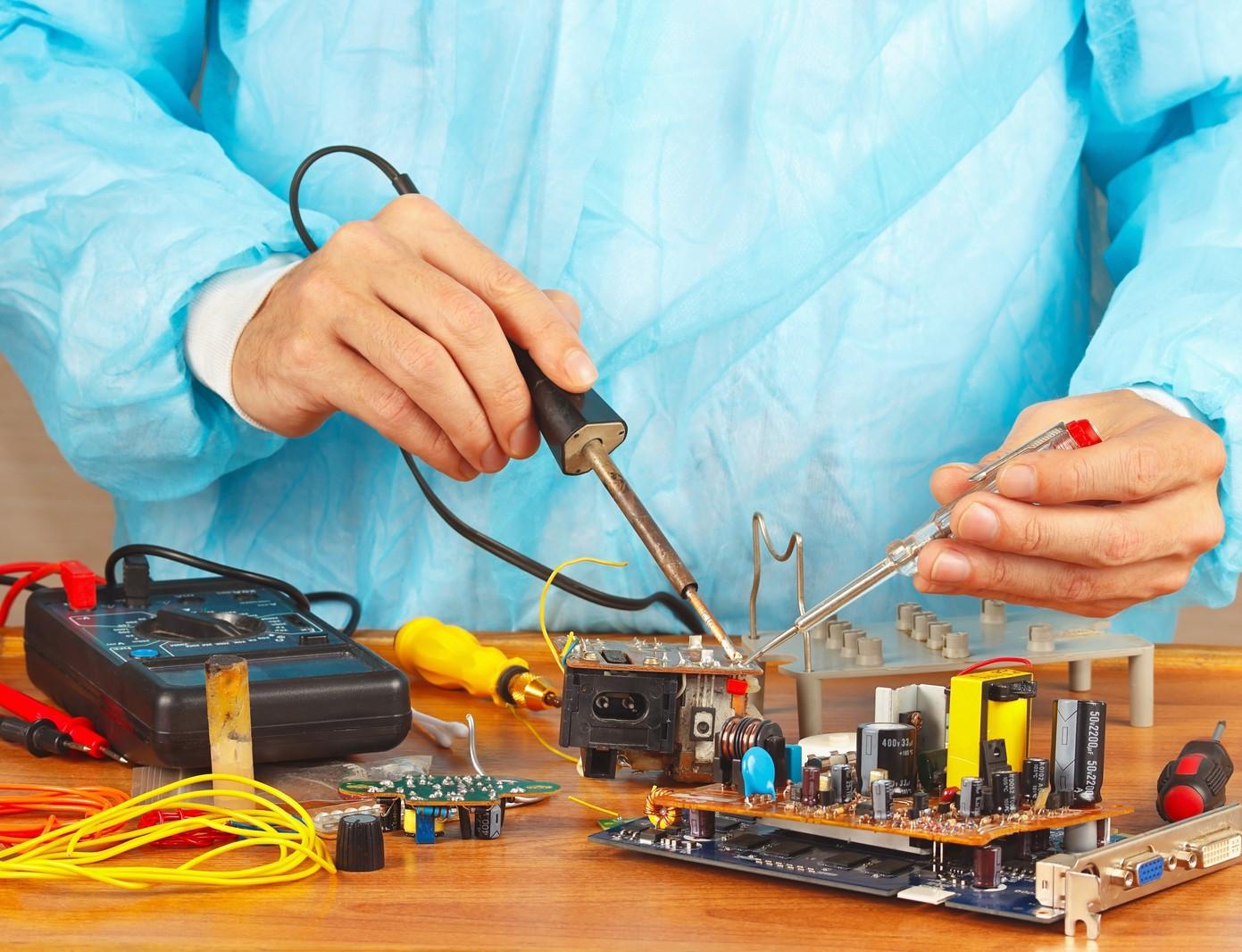 View Reparación y Mantenimiento de equipos e instalaciones