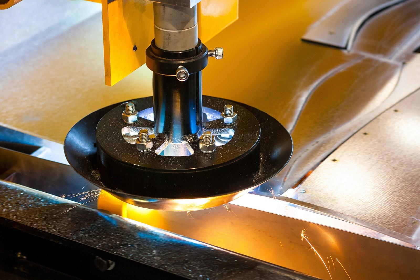 View Reparación de instalaciones de corte plasma y oxigas