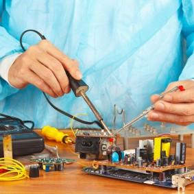 Mantenimiento y calibración de equipo de soldadura MIG